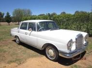 1963-Mercedes-220Eb-002